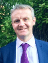 Dr Raeburn Forbes MD(Hons) author of The Headache Friendly Lifestyle and severe-headache-expert